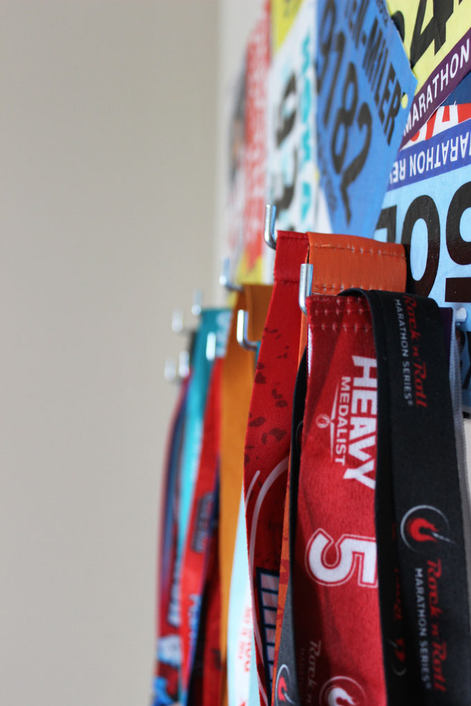 race bib marathon medal display hooks