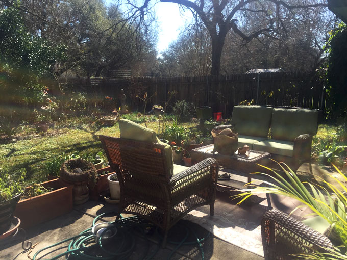 backyard-chairs